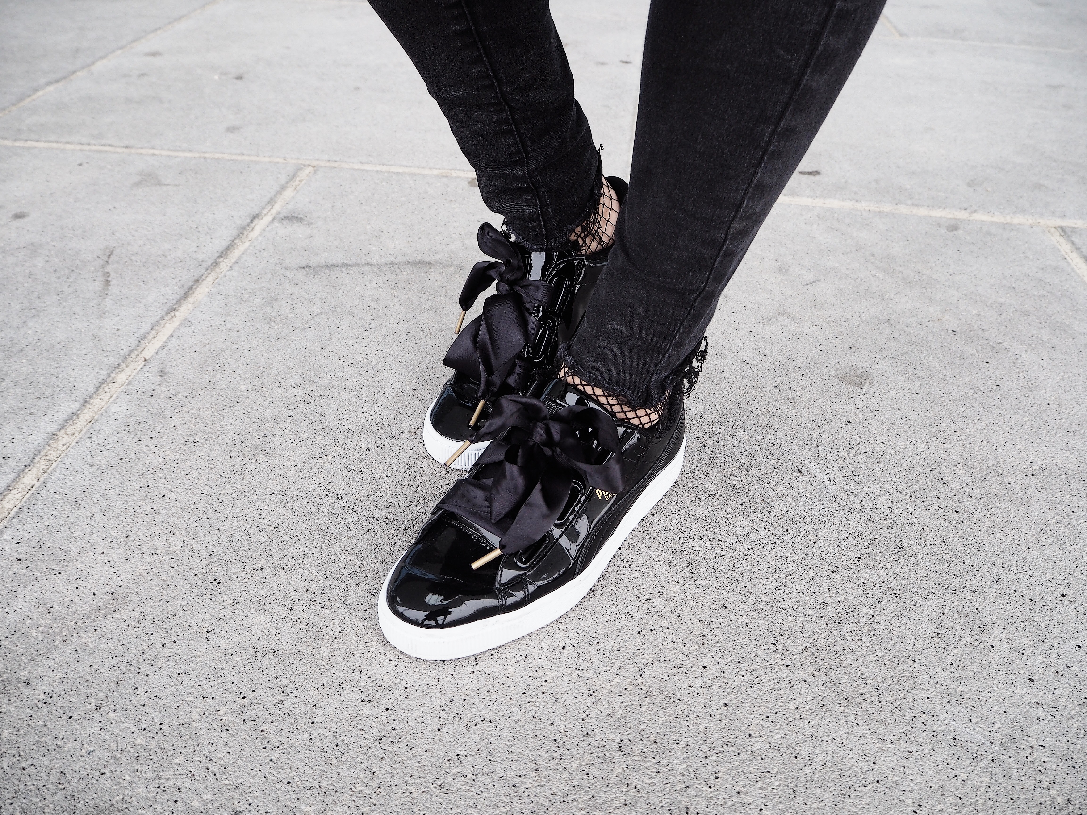 OUTFIT: Puma Basket Heart Sneakers |
