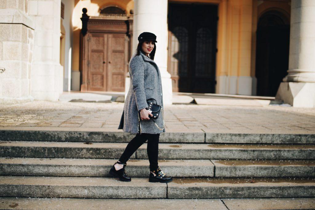 #Outfit: Baker Boy Mütze x Boots Look alike Balenciaga