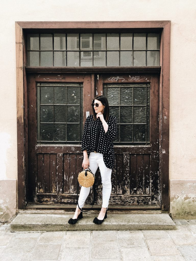 #Outfit: Circle Straw Bag x Polka Dots