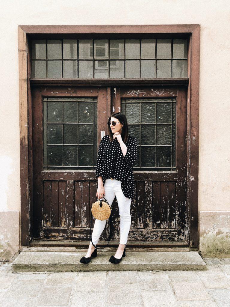 #Outfit: Circle Straw Bag x Polka Dots